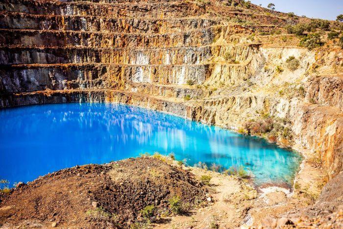 Former uranium mine now an Instagram hotspot for Queensland tourists