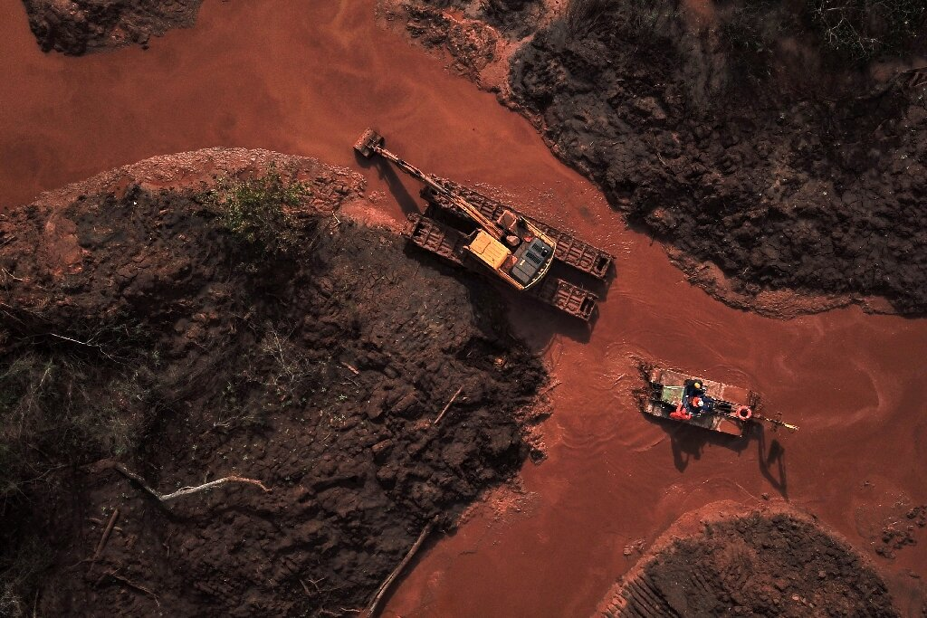 Why do tailings storage facility (TSF) failures occur?