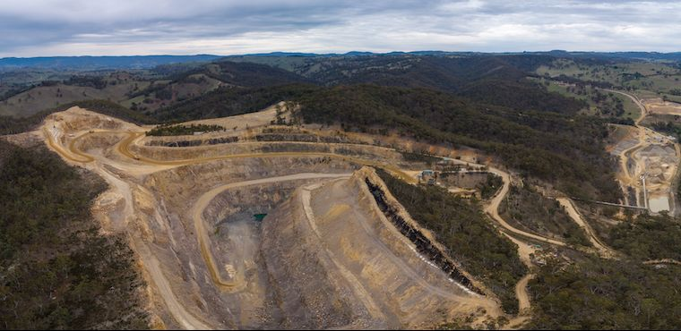 How a Quarry has been rehabilitated for industrial land use
